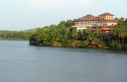 Kerala honeymoon packages Kozhikode