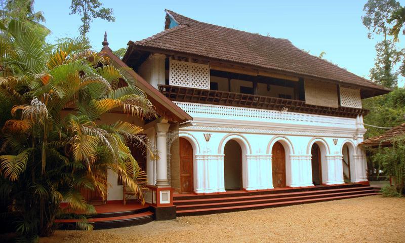 Taravadu Heritage Home - Kerala Honeymoon Tour packages